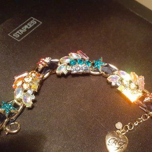 Betsey Johnson glitzy bracelet